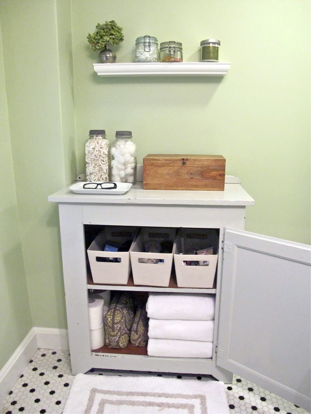 20 Spick And Span Makeup Storage Cabinet Ideas