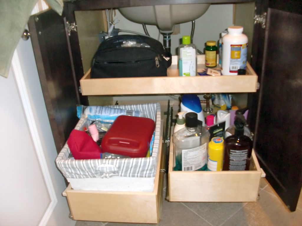20 spick and span makeup storage cabinet ideas - Small bathroom cabinet with drawers ...