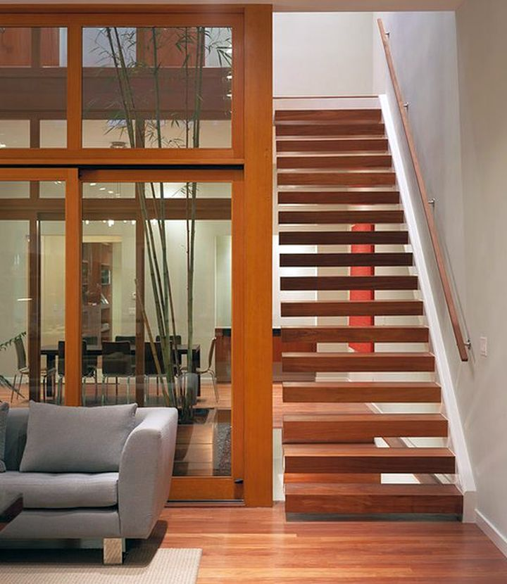 16 Elegant Traditional Staircase Designs That Will Amaze You: Minimalist Wooden Staircase Designs