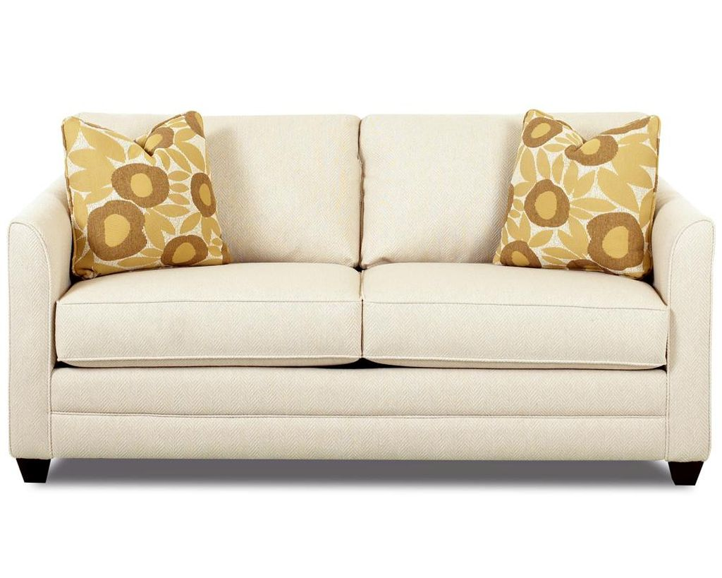 20 stylish small sofa bed designs for small rooms for Small settee