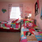 nice rooms for girls with twin beds in small space