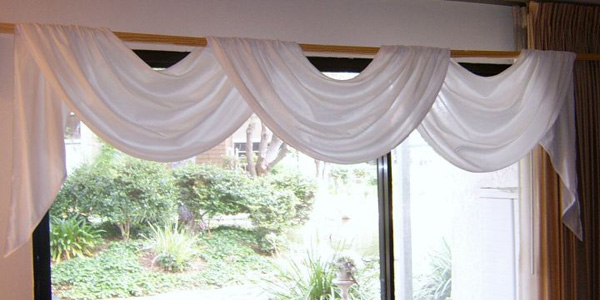 open swag valance patterns in white