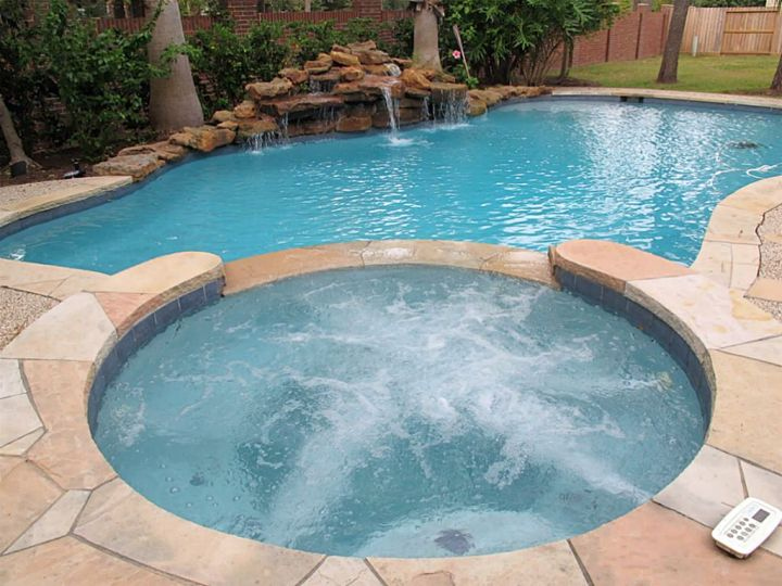 pool with spa designs