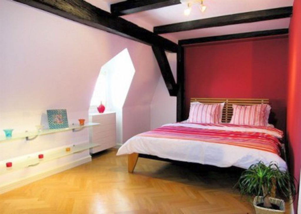 Red black and white bedroom ideas for basement or low for Red black white bedroom designs