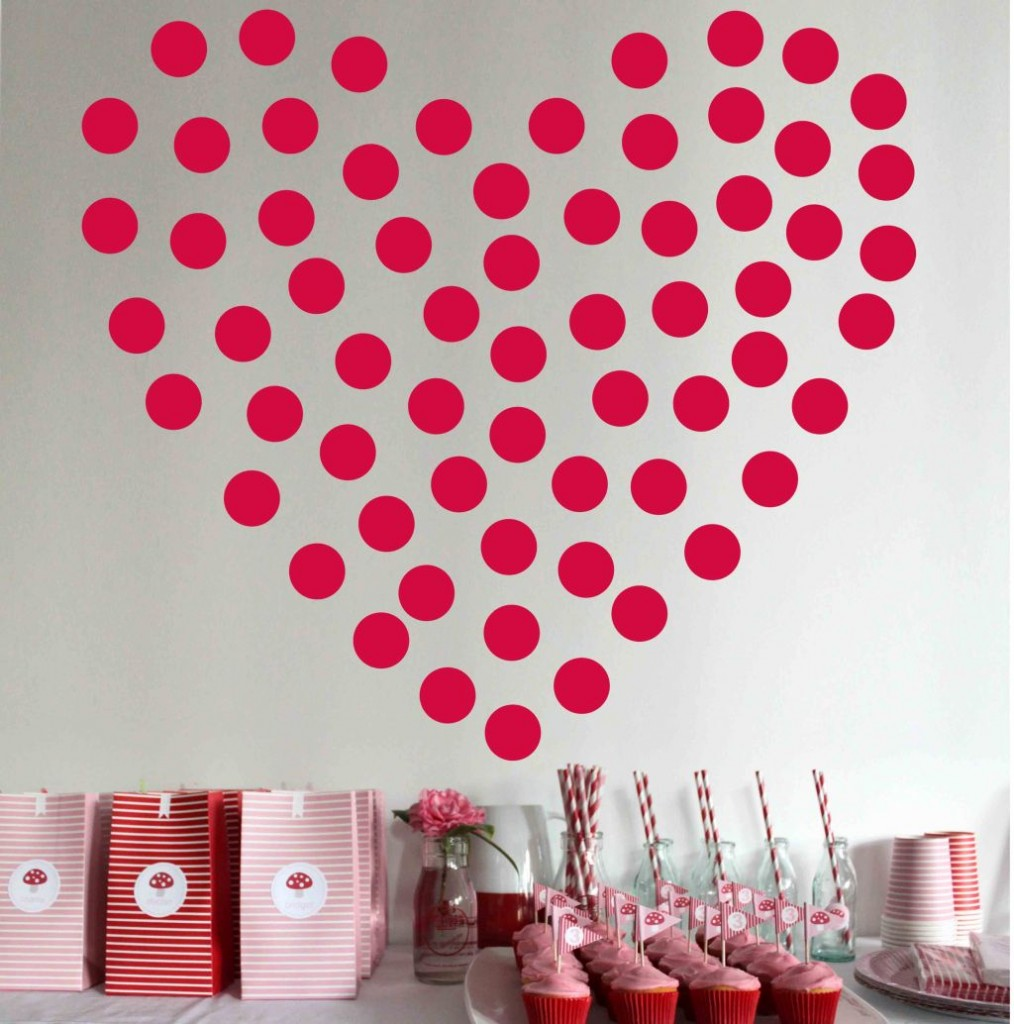 red polkadot heart diy bedroom art