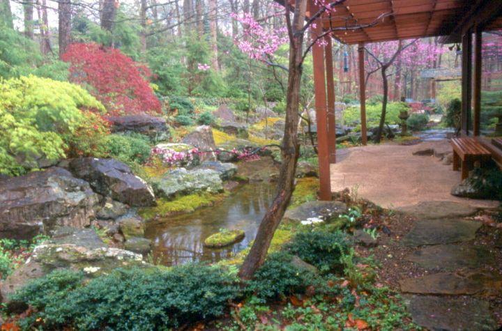Rustic japanese style backyard for Japanese style yard