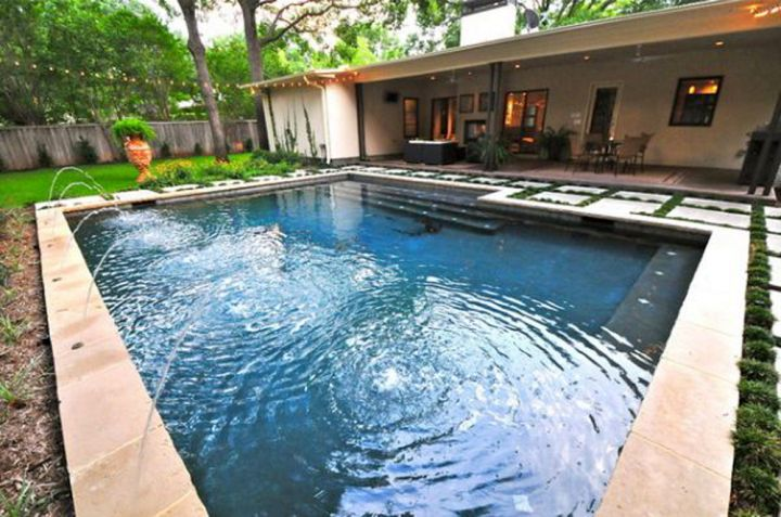 17 refreshing ideas of small backyard pool design for Simple backyard pools