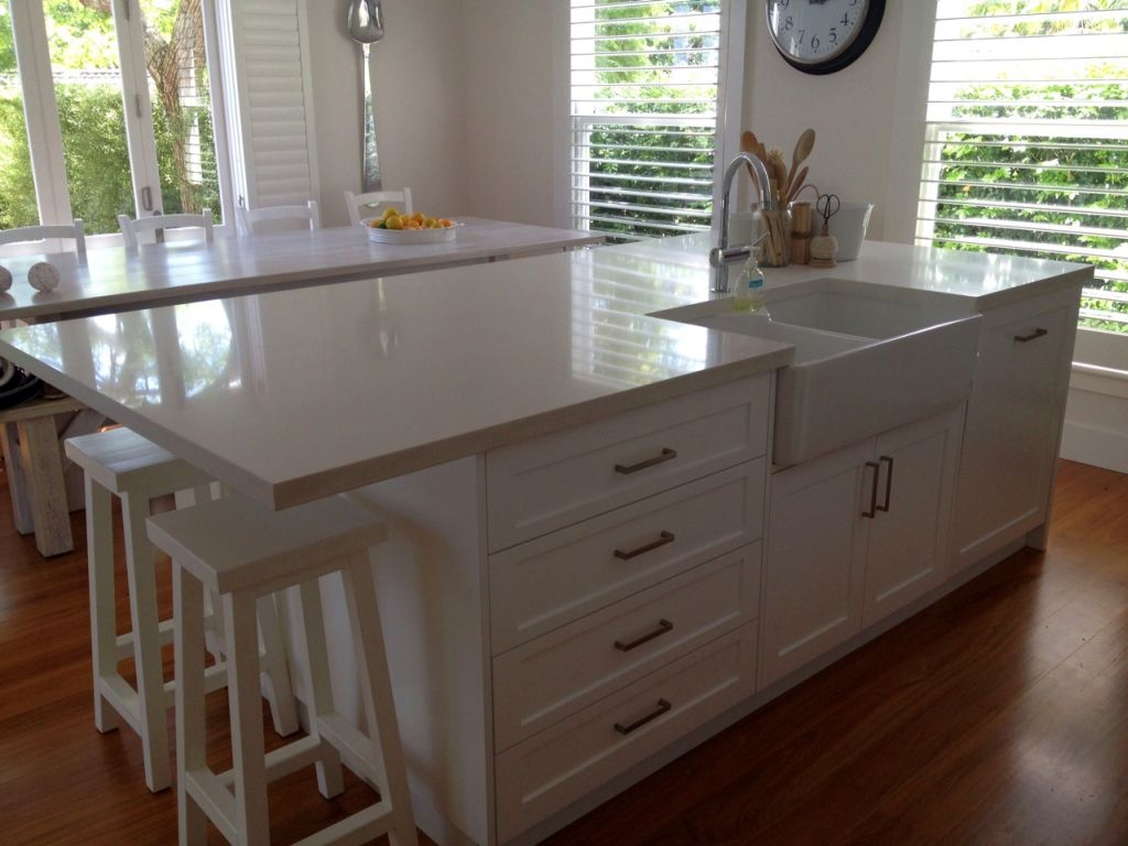 Simple kitchen island with sink