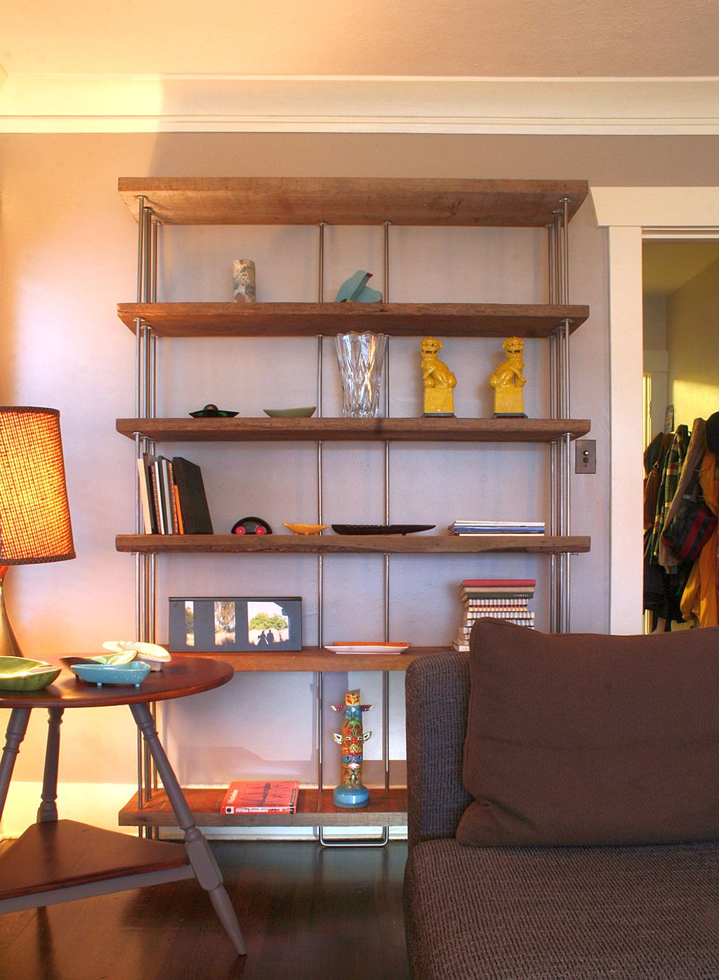Simple vintage industrial bookcase designs for small room