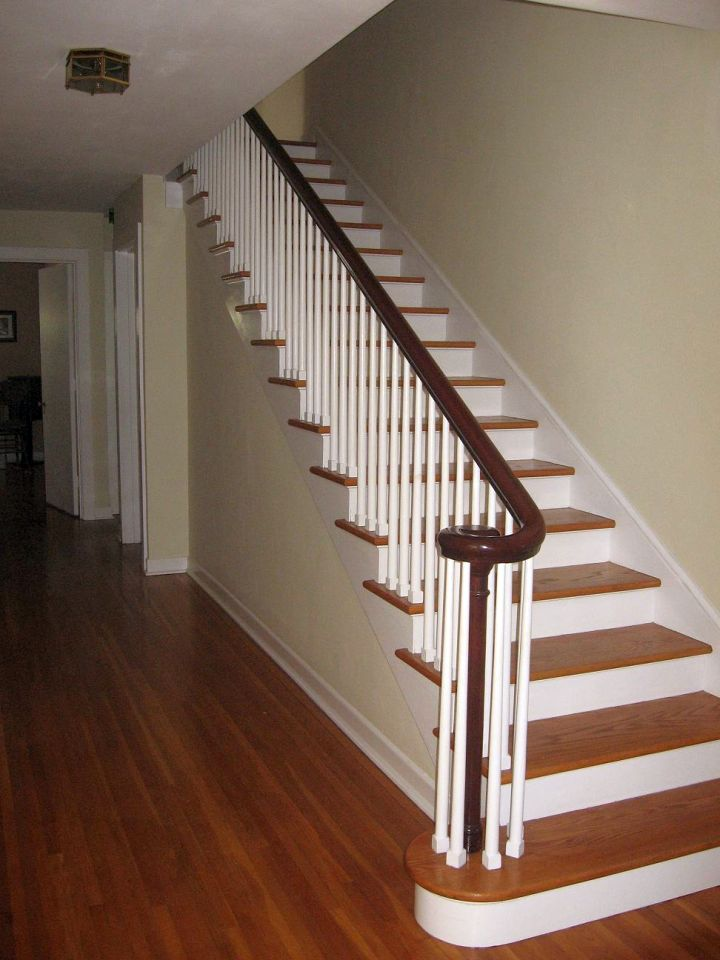 simple wooden staircase designs with wide linings. Black Bedroom Furniture Sets. Home Design Ideas