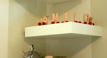 simple zigzag corner shelf designs