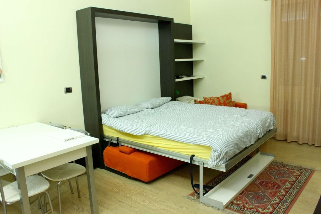 Sleek And Contemporary Murphy Bed Design Ideas For Small Rooms Rh Myaustinelite Com