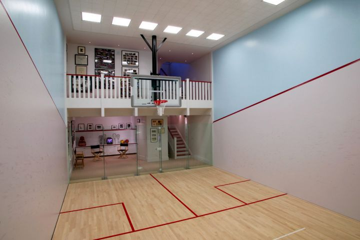 19 modern indoor home basketball courts plans and designs for Cost of building a gym