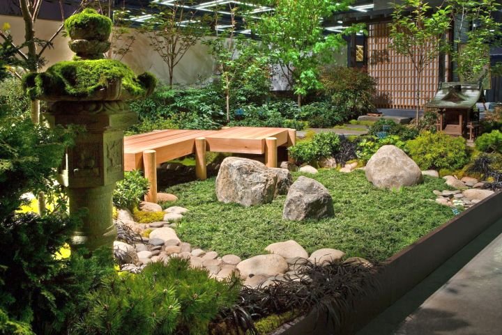 small japanese garden design ideas with statue