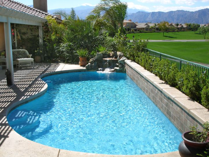 Small pool for limited space - Pool designs for small spaces ...