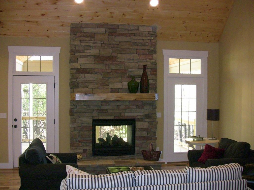 Stack stone fireplaces for small space for Small stone fireplace designs