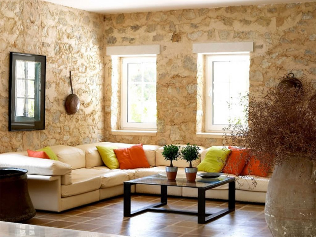 Stone walled beige living room walls for Decoracion salon beige
