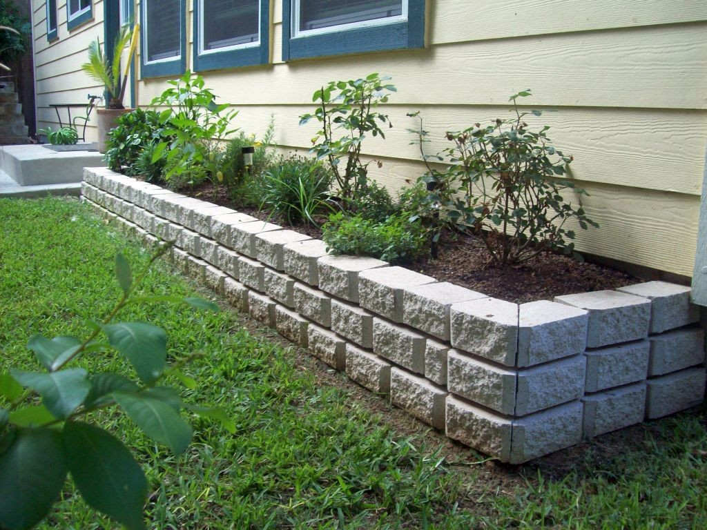 5 types of stones for flower beds you must know for Planting a flower bed ideas