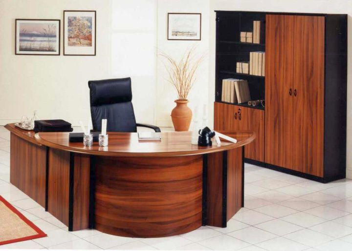 Gallery for Sleek Office Desk Designs