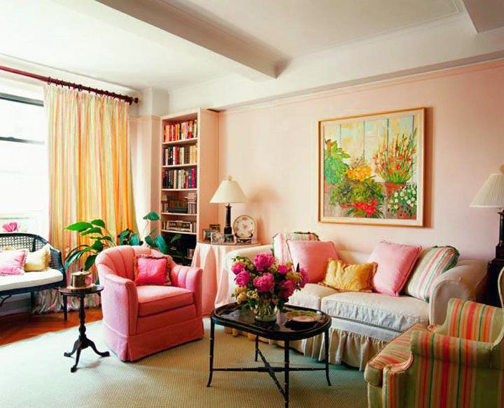 vintage living room ideas in soft pastel colors
