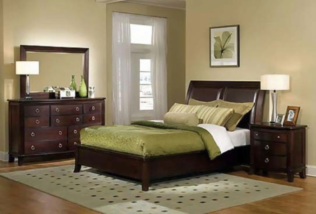 warm green and khaki relaxing paint colors for bedrooms