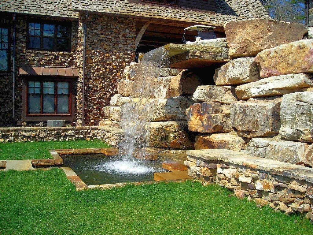 20 landscaping designs with big rocks you must copy for Waterfall garden feature
