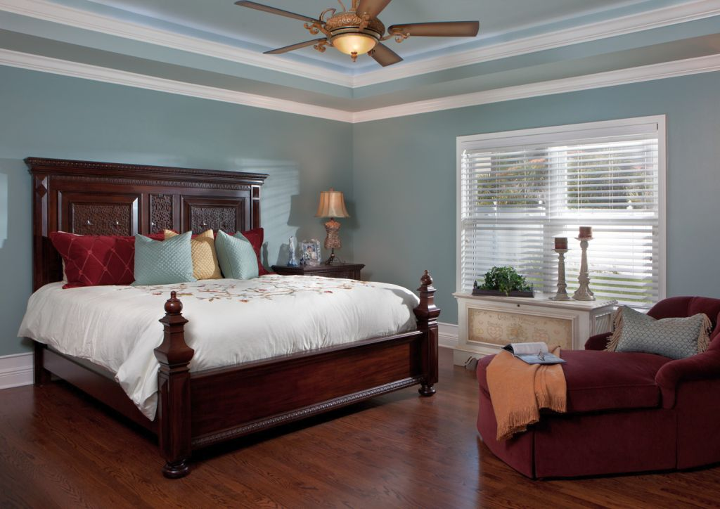 20 Elegant Modern Tray Ceiling Bedroom Designs