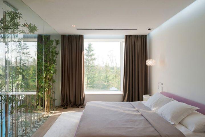 Agalarov Estate guest bedroom