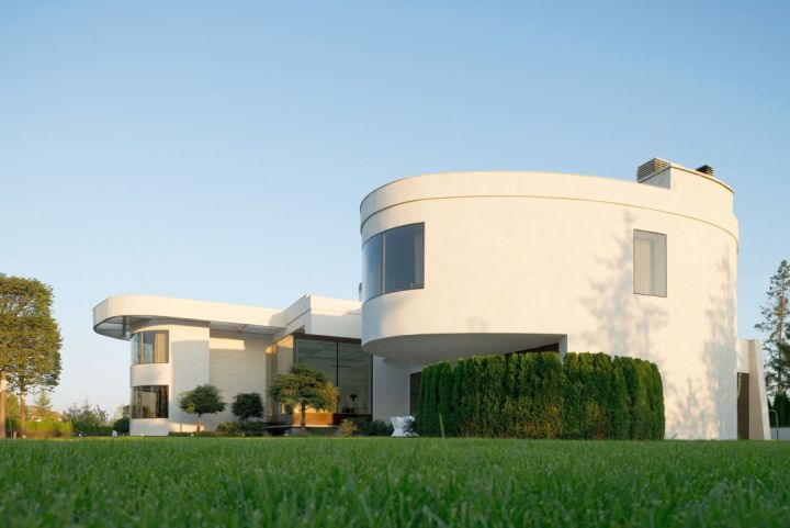 Agalarov Estate side front view