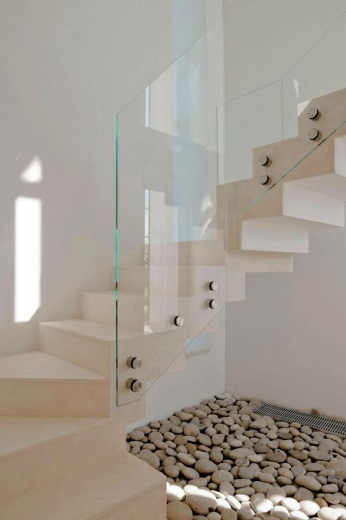 Agalarov Estate spiral staircase details