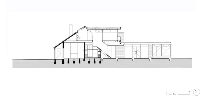 Light and airy house in elwood australia by preston lane firm for Side view house plans
