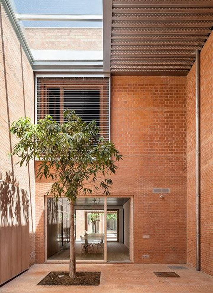 House 1014 indoor garden plus garage