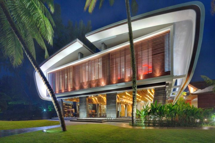 Iniala beach house restaurant front view