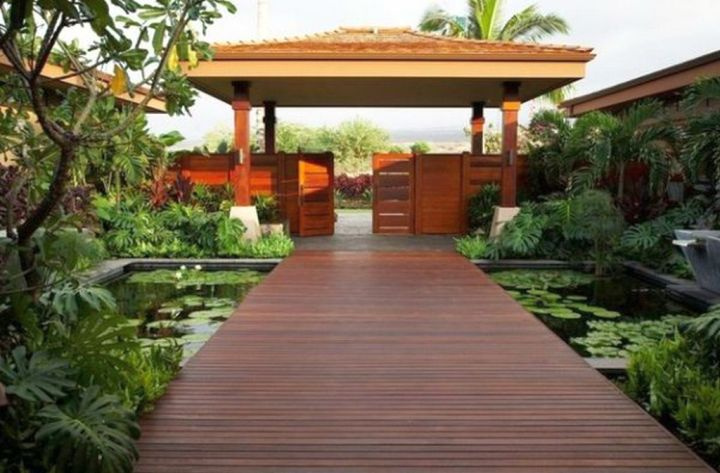 17 beautiful japanese garden bridge designs for Japanese decking garden