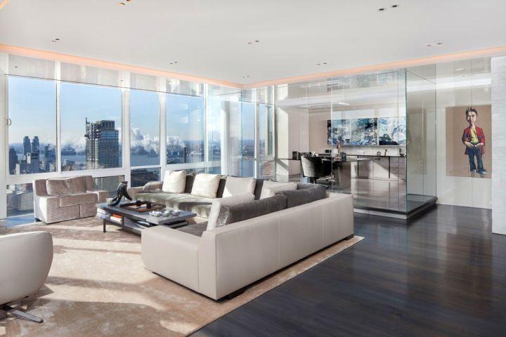 Manhattan Penthouse living area