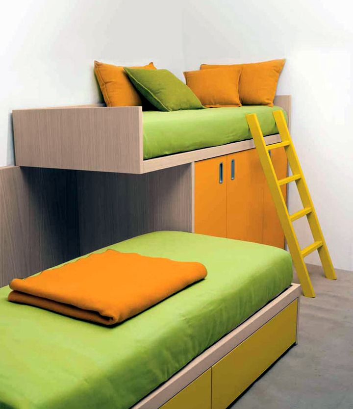 Modern Bunkbed in green and orange