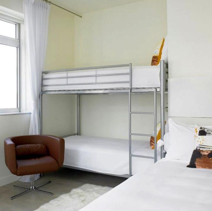 Small Bedroom Bunk Bed Ideas: 17 Minimalist Modern Bunk Bed Designs