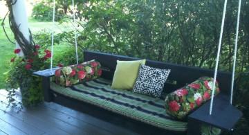 Outdoor swinging beds in black