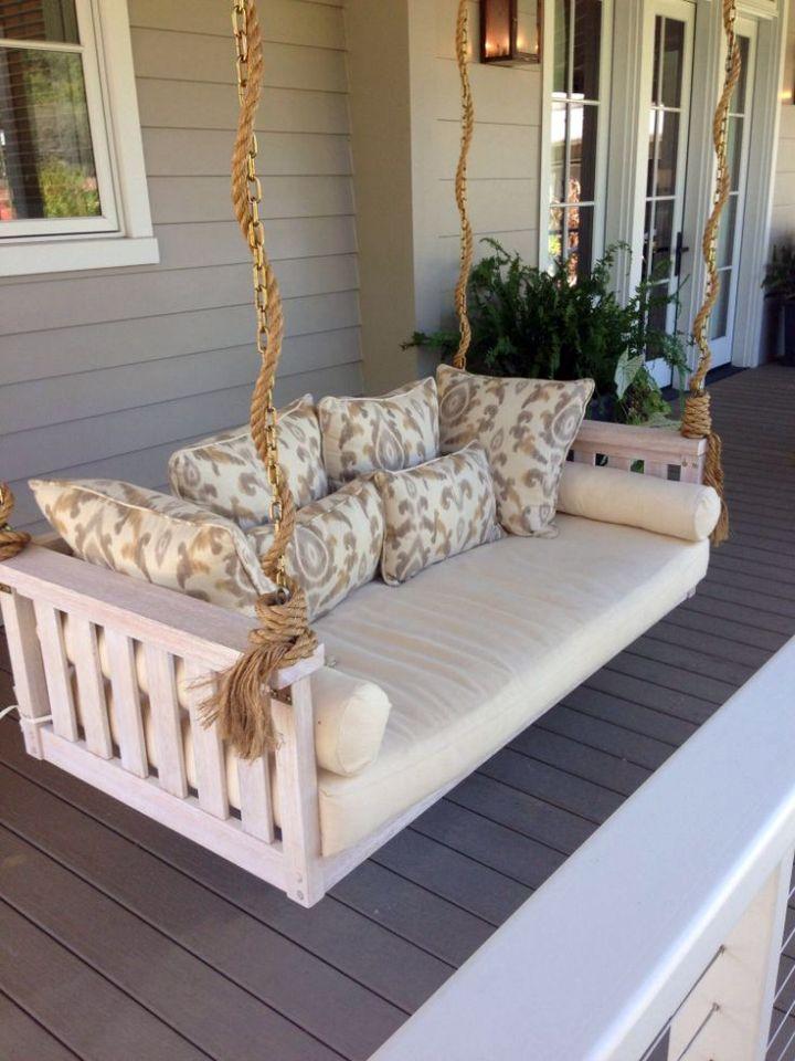 18 Restful Outdoor Swinging Bed Designs