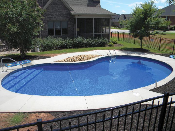 above ground kidney shape pool