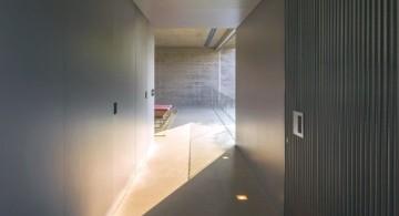 b and b house indoor hallway