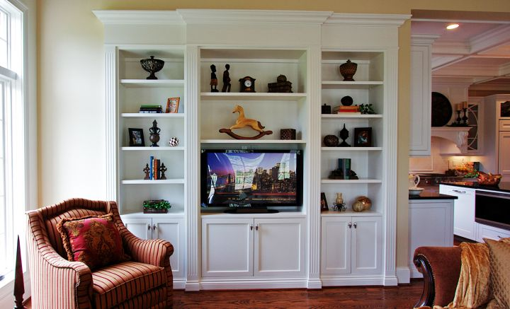 18 neat built in tv designs for modern living room interior for Living room bookcases built in