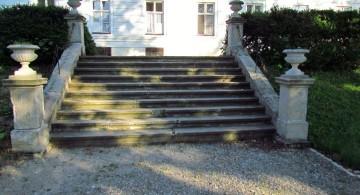 classy Garden stairs