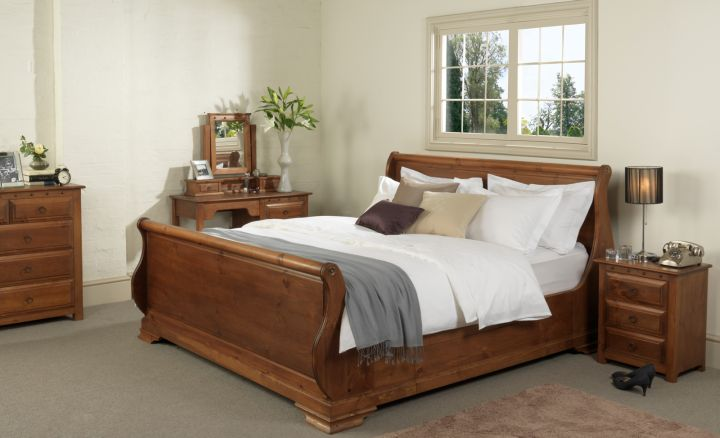 classy how to make a sleigh bed