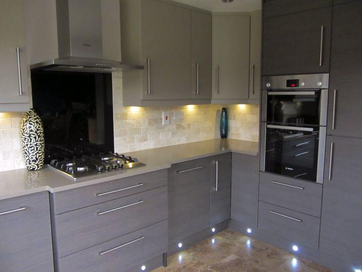 Sleek Grey Kitchen Ideas Modern Interior Design - Colours to go with grey kitchen