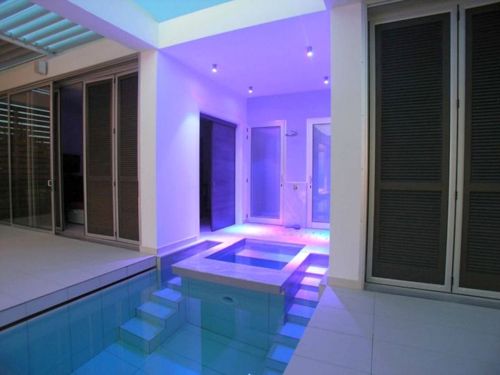 contemporary enclosed swimming pool