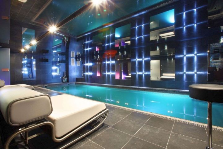 contemporary homes with indoor pools