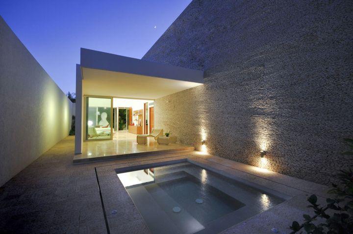 contemporary small pool ideas