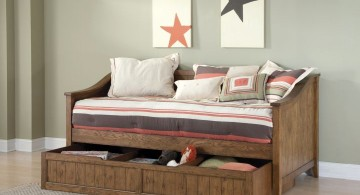 daybed images with textured wood