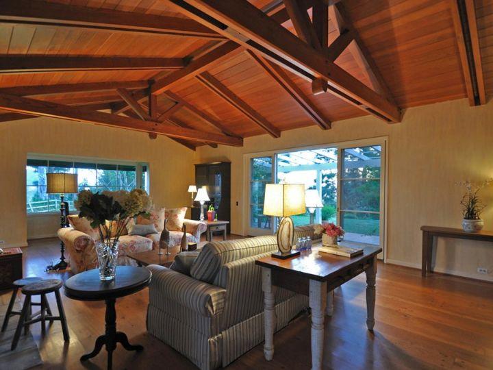 elegant exposed beam ceiling